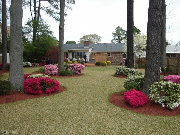 5929 Whitney Blvd, Norfolk, VA 23502 (MLS #10170987) :: Chantel Ray Real Estate