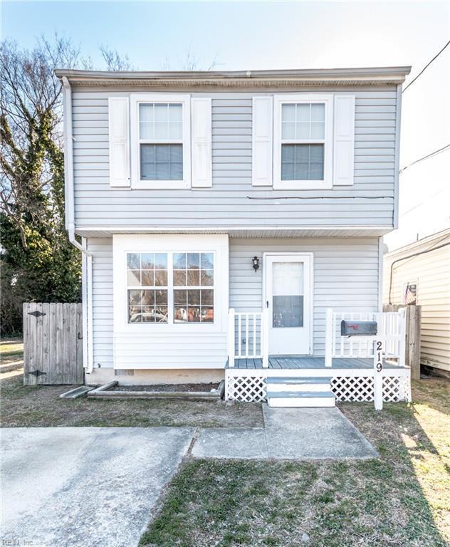 219 S Curry St, Hampton, VA 23663 (#10173217) :: The Kris Weaver Real Estate Team
