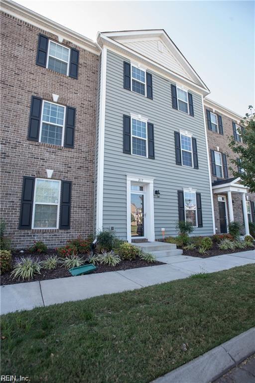 217 Feldspar St, Virginia Beach, VA 23462 (MLS #10174198) :: Chantel Ray Real Estate