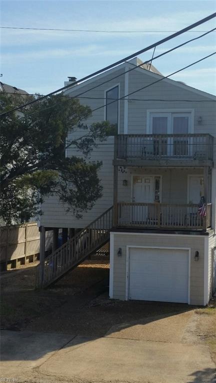 3730 Dupont Cir, Virginia Beach, VA 23455 (MLS #10174286) :: Chantel Ray Real Estate