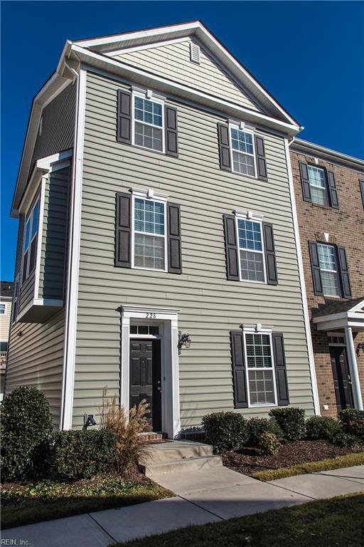 228 Carnelian St, Virginia Beach, VA 23462 (MLS #10175681) :: Chantel Ray Real Estate