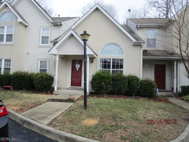 3982 Horse Run Gln, Newport News, VA 23602 (#10176066) :: Austin James Real Estate