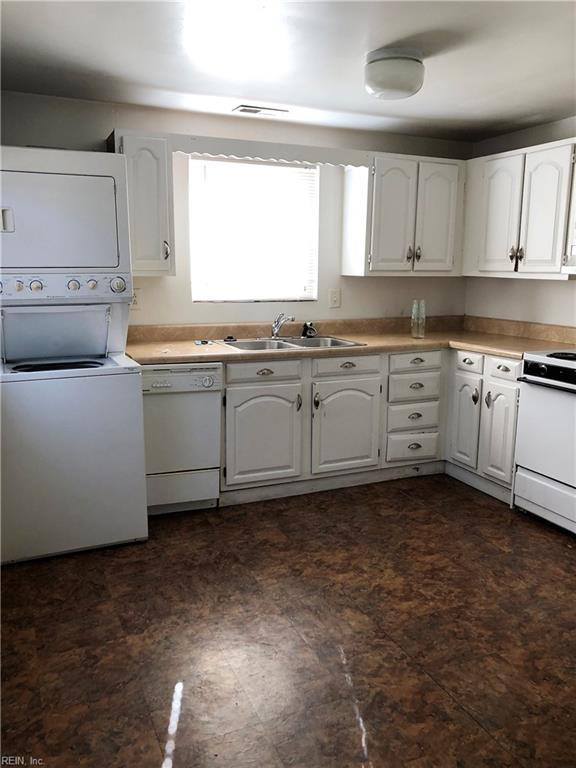 1824 Parkview Ave, Norfolk, VA 23503 (MLS #10176899) :: AtCoastal Realty