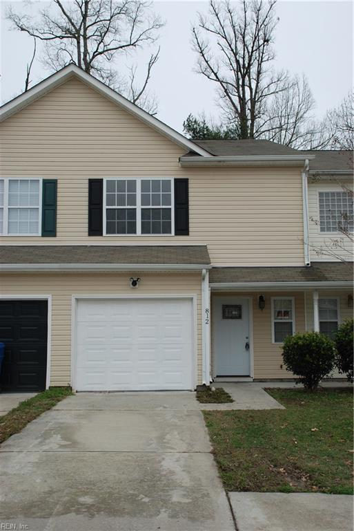 812 Admissions Ct, Virginia Beach, VA 23462 (MLS #10177997) :: Chantel Ray Real Estate