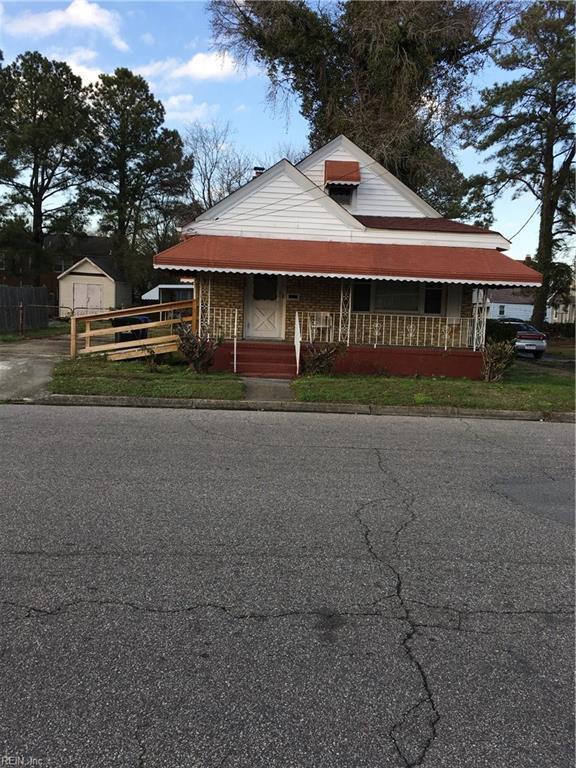 1108 Jefferson St, Portsmouth, VA 23704 (MLS #10178379) :: Chantel Ray Real Estate