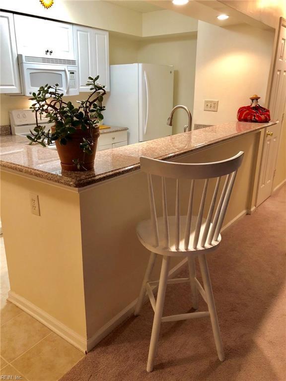 1447 Lake Geneve Dr, Virginia Beach, VA 23464 (MLS #10178710) :: Chantel Ray Real Estate