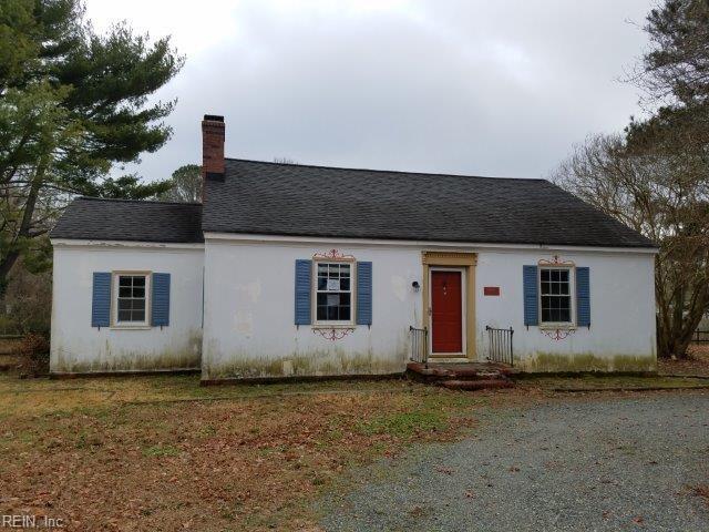 6881 Williams Landing Rd, Gloucester County, VA 23072 (MLS #10178838) :: Chantel Ray Real Estate