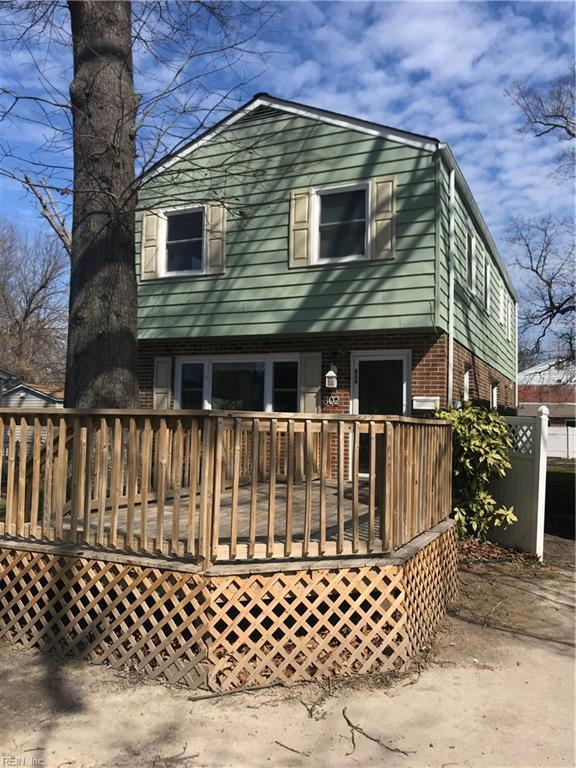 302 Grennbriar Ave, Hampton, VA 23661 (#10179328) :: Austin James Real Estate