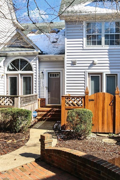 705 Holston River Ct G, Chesapeake, VA 23320 (#10182458) :: Austin James Real Estate