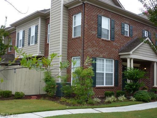 1072 Gamston Ln, Virginia Beach, VA 23455 (#10182781) :: Green Tree Realty Hampton Roads