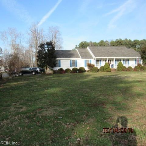 6907 Ware House Rd, Gloucester County, VA 23061 (#10182899) :: Austin James Real Estate