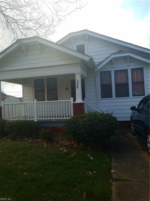 1009 Oakwood St, Norfolk, VA 23523 (#10183267) :: Green Tree Realty Hampton Roads