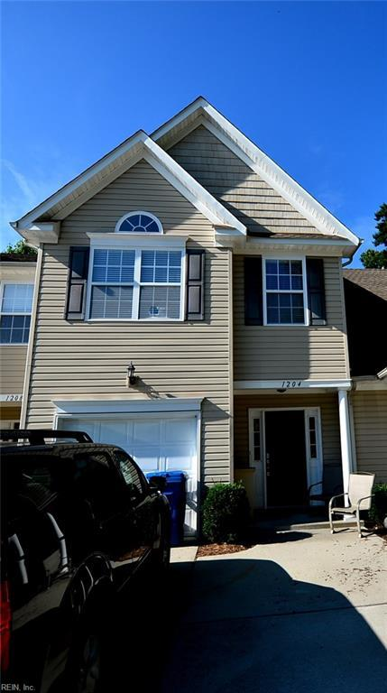1204 Topgallant Ct, Virginia Beach, VA 23454 (#10184637) :: Atkinson Realty