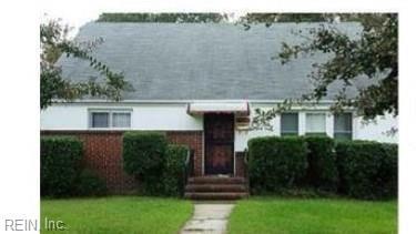 2321 Carona Ave, Norfolk, VA 23504 (#10184987) :: The Kris Weaver Real Estate Team