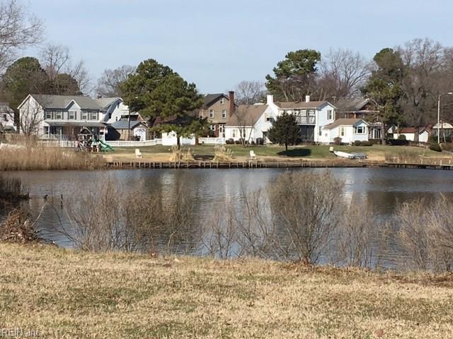 1900 Ann St, Portsmouth, VA 23704 (MLS #10185465) :: Chantel Ray Real Estate