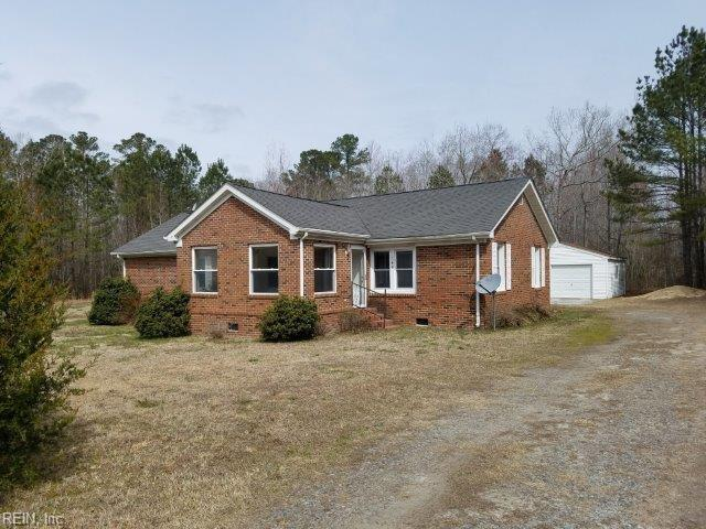 140 Cardinal Ln, Surry County, VA 23846 (MLS #10185601) :: Chantel Ray Real Estate