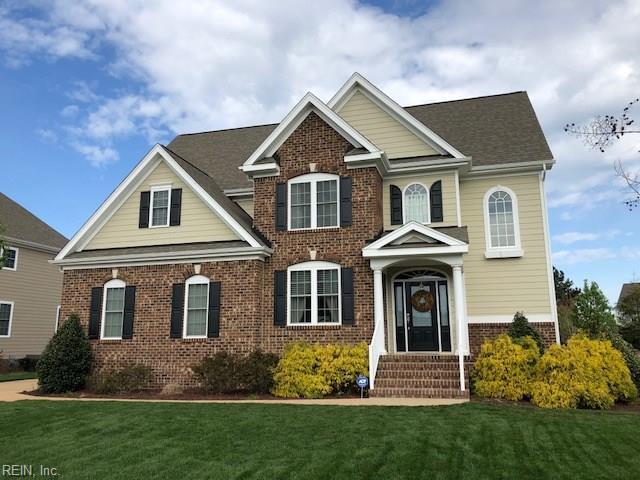 207 Arlington Pl, Isle of Wight County, VA 23314 (MLS #10185705) :: Chantel Ray Real Estate