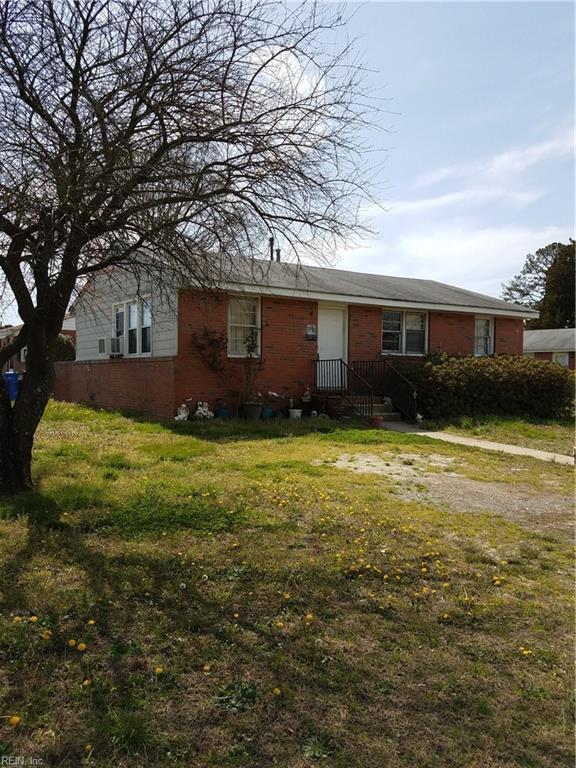340 Velva Dr, Chesapeake, VA 23325 (#10186739) :: The Kris Weaver Real Estate Team