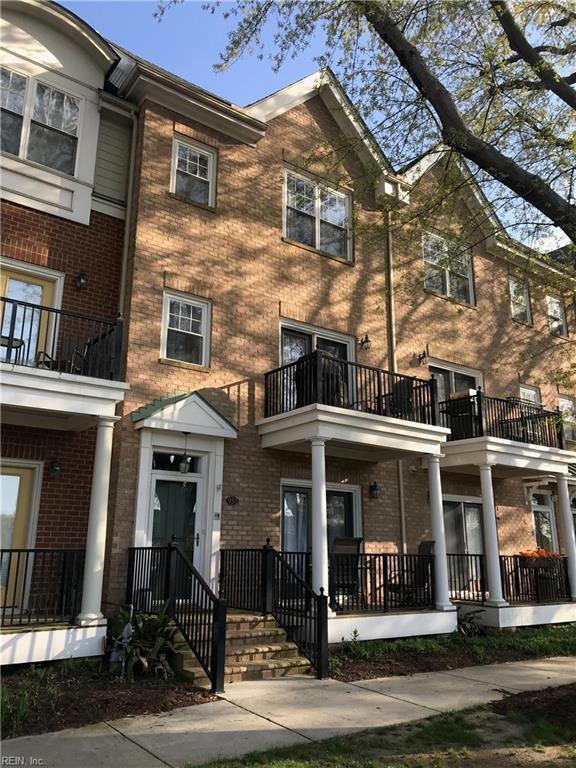 933 Bolling Ave, Norfolk, VA 23508 (MLS #10188796) :: Chantel Ray Real Estate