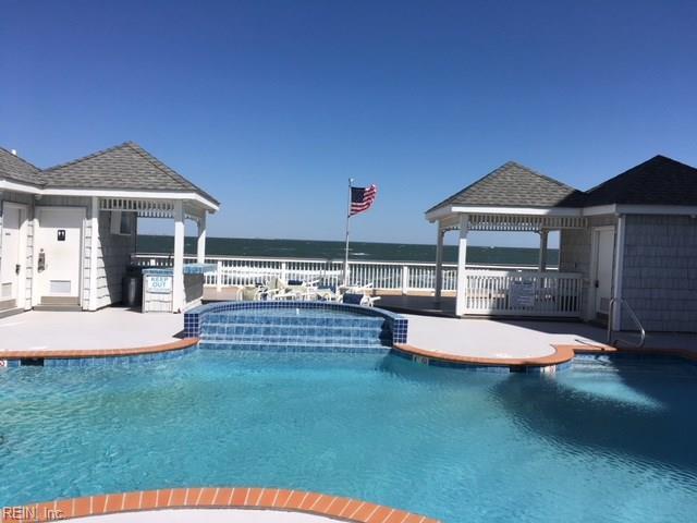 2301 Beach Haven Dr #201, Virginia Beach, VA 23451 (#10189315) :: Reeds Real Estate