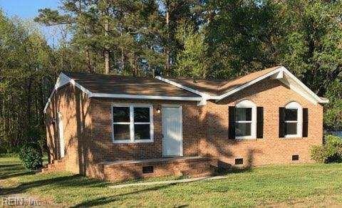 1071 Johnson Cir, Isle of Wight County, VA 23851 (MLS #10190443) :: Chantel Ray Real Estate