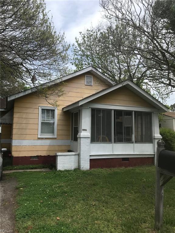1040 Bland St, Norfolk, VA 23513 (#10191042) :: The Kris Weaver Real Estate Team