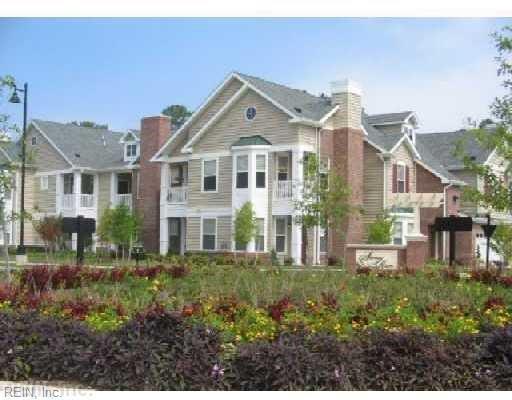 706 River Rock Way #110, Newport News, VA 23608 (#10191396) :: Reeds Real Estate