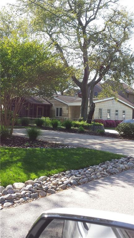 2253 Sandalwood Rd, Virginia Beach, VA 23451 (#10191903) :: Reeds Real Estate