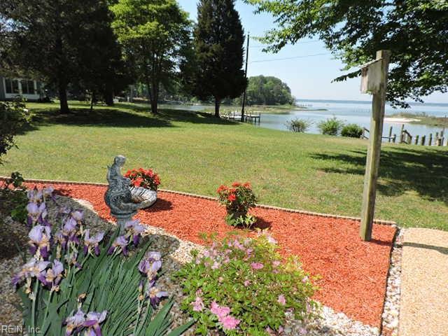 4063 Aberdeen Creek Rd, Gloucester County, VA 23061 (MLS #10194167) :: AtCoastal Realty