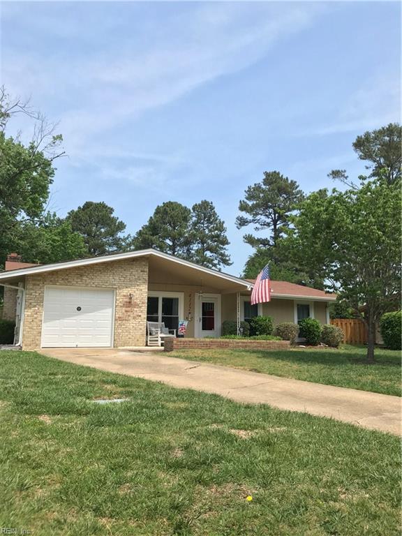 4112 White Beam Ct, Virginia Beach, VA 23462 (#10194516) :: The Kris Weaver Real Estate Team