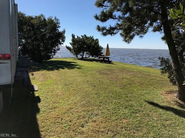 3665 Sandpiper Rd #108, Virginia Beach, VA 23456 (MLS #10195222) :: AtCoastal Realty