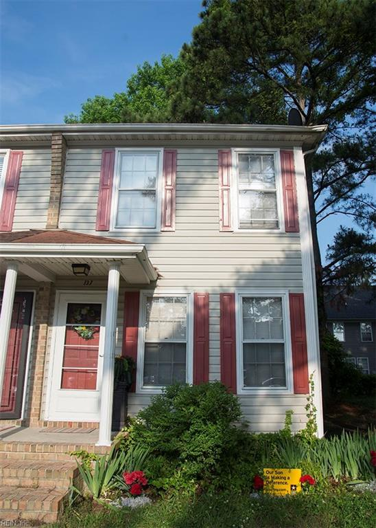 137 Happy St, Virginia Beach, VA 23452 (MLS #10195796) :: Chantel Ray Real Estate