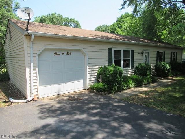 7069 Margaret Dr, Gloucester County, VA 23072 (#10202175) :: Abbitt Realty Co.