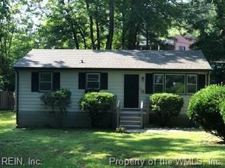 19 Grove Ave, James City County, VA 23185 (#10206397) :: Austin James Real Estate