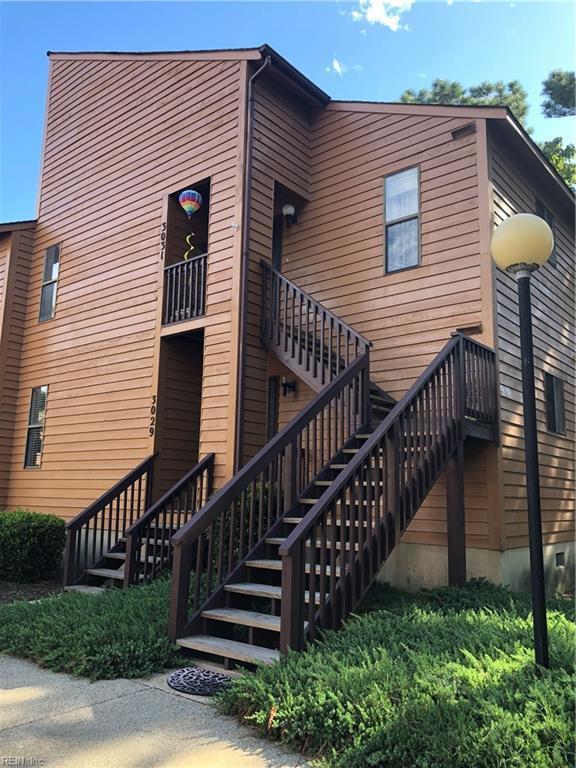 3029 Cape Henry Ct, Virginia Beach, VA 23451 (MLS #10210385) :: Chantel Ray Real Estate