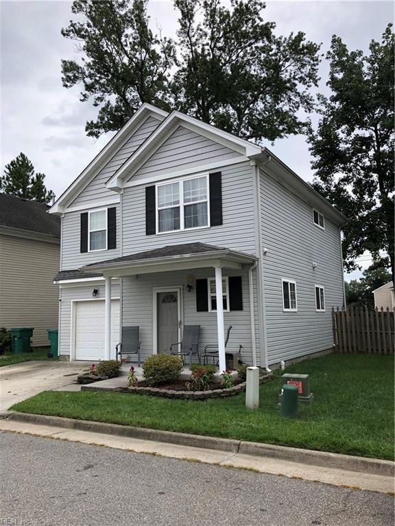 1017 Trestle Way, Chesapeake, VA 23324 (MLS #10210433) :: Chantel Ray Real Estate