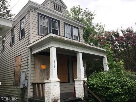 1615 Charleston Ave, Portsmouth, VA 23704 (MLS #10210745) :: Chantel Ray Real Estate