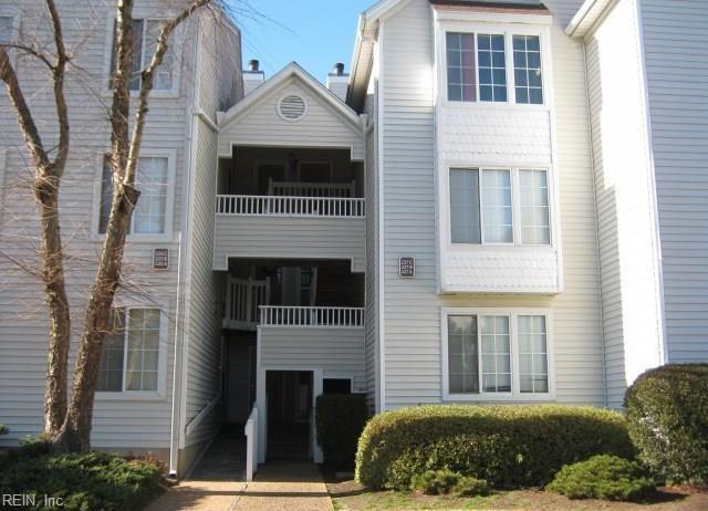 227 Dockside Dr A, Hampton, VA 23669 (MLS #10210836) :: Chantel Ray Real Estate
