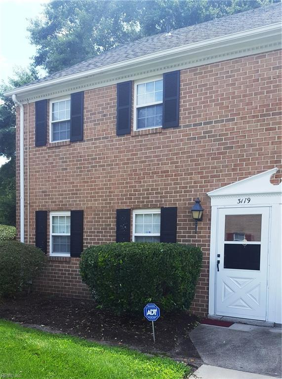 3179 Reese Dr, Portsmouth, VA 23703 (MLS #10211627) :: Chantel Ray Real Estate