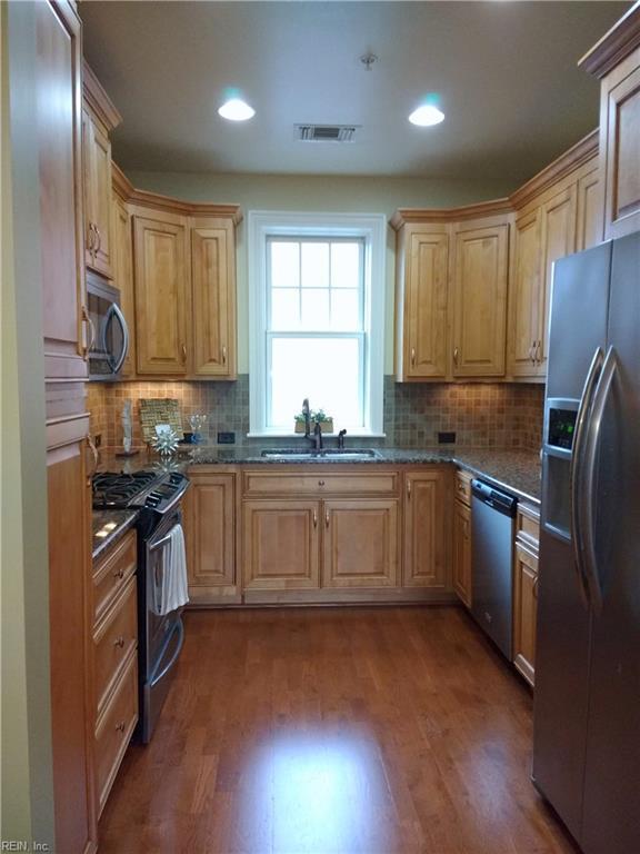 4500 Pretty Lake Ave D2, Norfolk, VA 23518 (#10212312) :: Austin James Real Estate