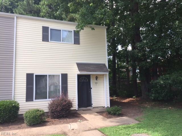 153 Delmar Ln I, Newport News, VA 23602 (#10212321) :: Austin James Real Estate