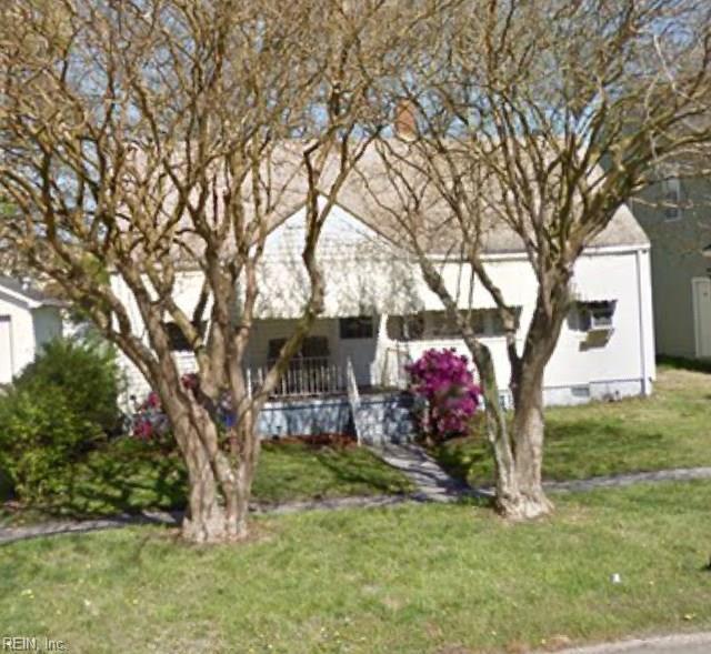 2128 Ballentine Blvd, Norfolk, VA 23504 (MLS #10212608) :: AtCoastal Realty