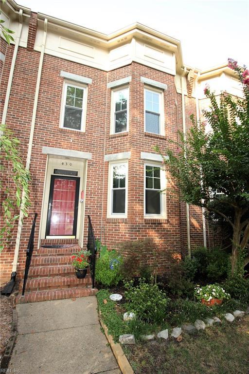 430 Westover Ave, Norfolk, VA 23517 (#10213330) :: Berkshire Hathaway HomeServices Towne Realty