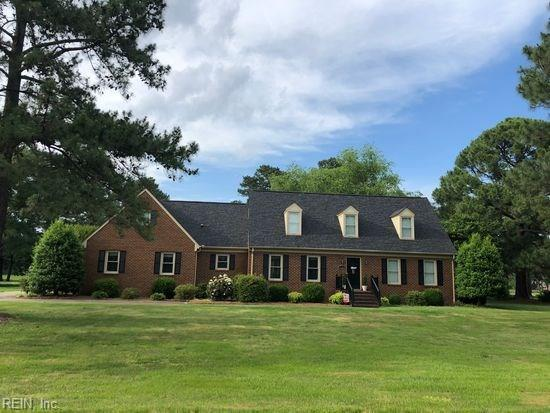 8020 Clubhouse Dr, Suffolk, VA 23433 (#10213682) :: Abbitt Realty Co.