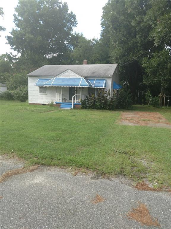 A6 Maupin Ct, Portsmouth, VA 23702 (MLS #10213889) :: Chantel Ray Real Estate