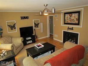 224 Derby Rd, Portsmouth, VA 23702 (MLS #10214467) :: Chantel Ray Real Estate