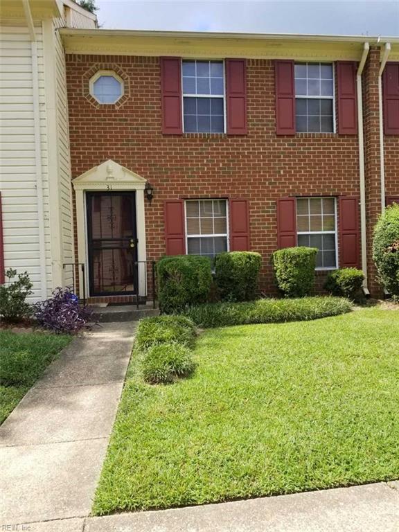 31 N Gawain Way, Hampton, VA 23669 (MLS #10215156) :: Chantel Ray Real Estate