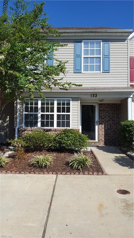 132 Horse Run Dr, Chesapeake, VA 23322 (#10216204) :: Berkshire Hathaway HomeServices Towne Realty