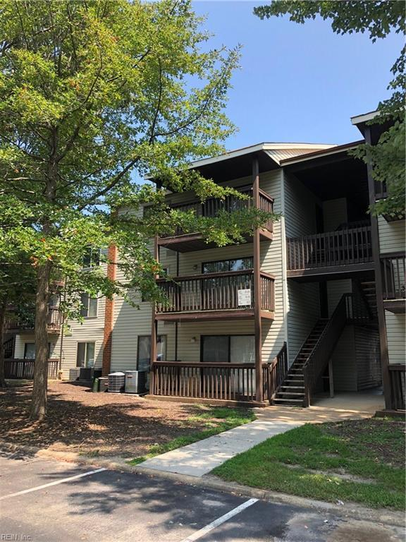 13 Wells Ct #2, Hampton, VA 23666 (#10216257) :: Berkshire Hathaway HomeServices Towne Realty