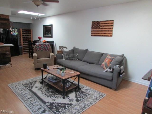 1111 Lands End Way, Virginia Beach, VA 23451 (#10218523) :: The Kris Weaver Real Estate Team